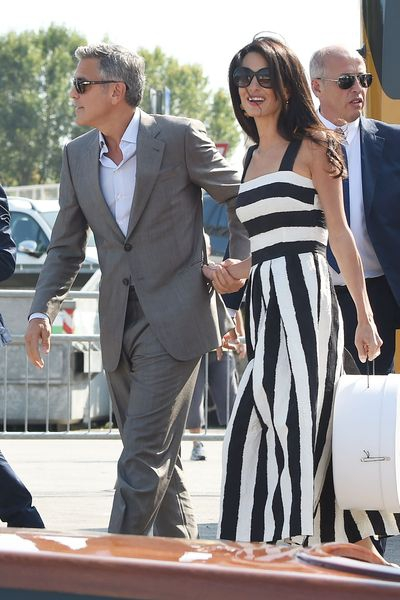 george-clooney-and-bride-to-be-amal-arrive-in-venice-2_5101496.jpg