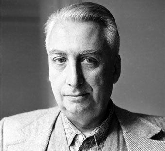 barthes.jpg