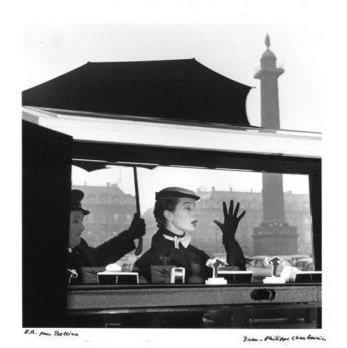 01_jean_philippe_charbonnier_bettina_in_place_vendome__paris_1953__jean_philippe_charbonnier_gamma_rapho_jpg_4088_north_499x_white.jpg