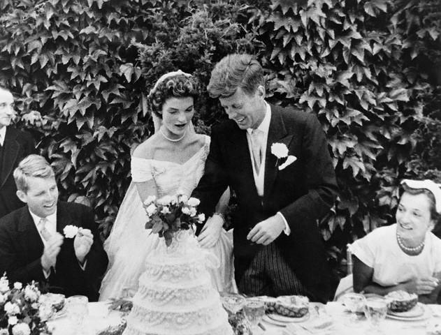 mariage-de-Jacqueline-Bouvier-et-John-F-Kennedy.jpg