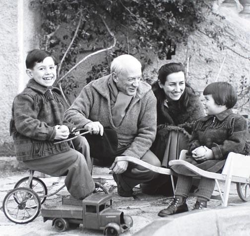 PicassoPhoto1953.jpg