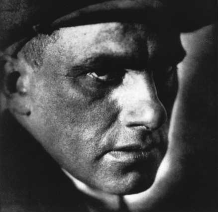 Majakovskij.face.jpg