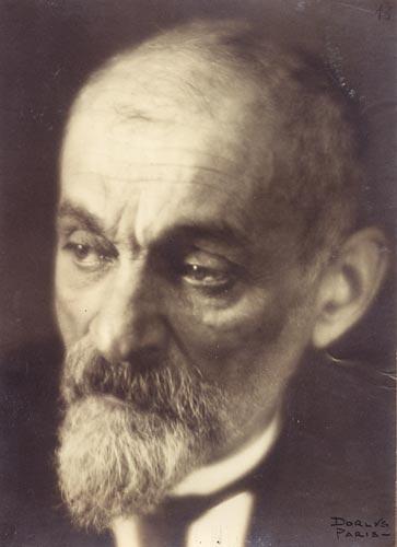 Si_Léon_Chestov_noong_1927.jpg