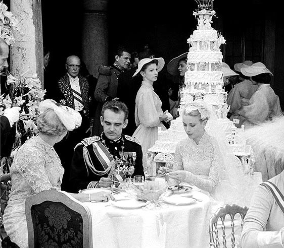 wedding-cake-prince-rainier.jpg