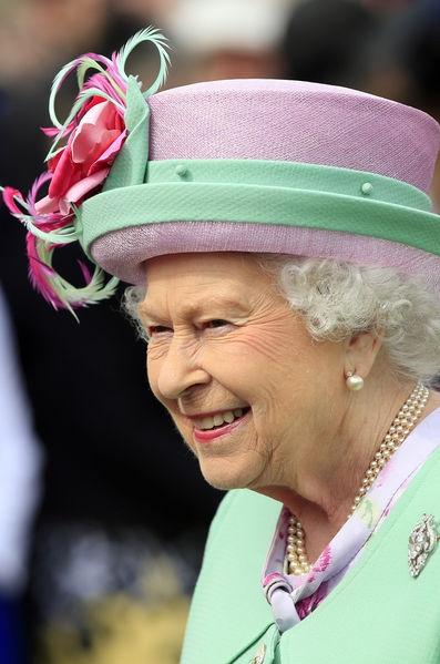 La-reine-Elizabeth-II-a-Buckingham-Palace-a-Londres-le-19-mai-2016.jpg