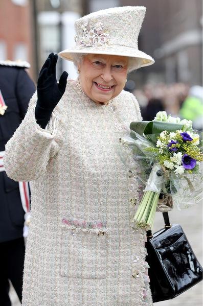 Elizabeth-II-Et-Le-Prince-Philip-A-Londres-Le-28-Fe-vrier-2017-21.jpg