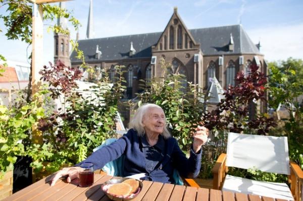 Freunde-von-Freunden_Gisele-dAilly-van-Waterschoot-van-der-Gracht-030-930x620.jpg