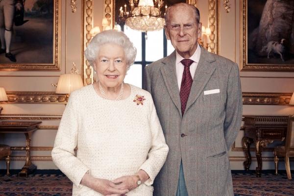 Le-tendre-portrait-d-Elizabeth-II-et-du-prince-Philip-pour-leurs-noces-de-platine.jpg