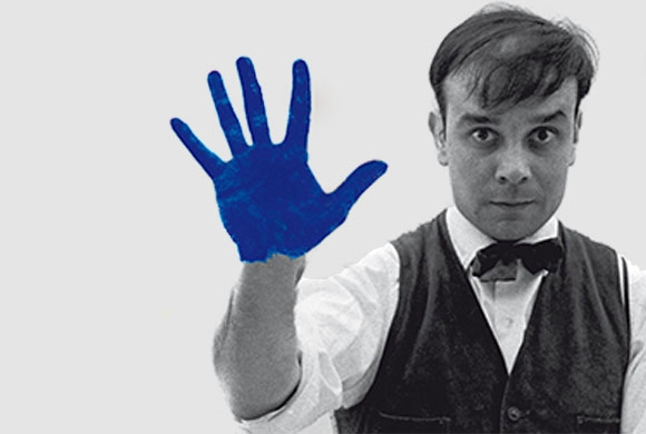 yves-klein-portrait-bleu1.jpg